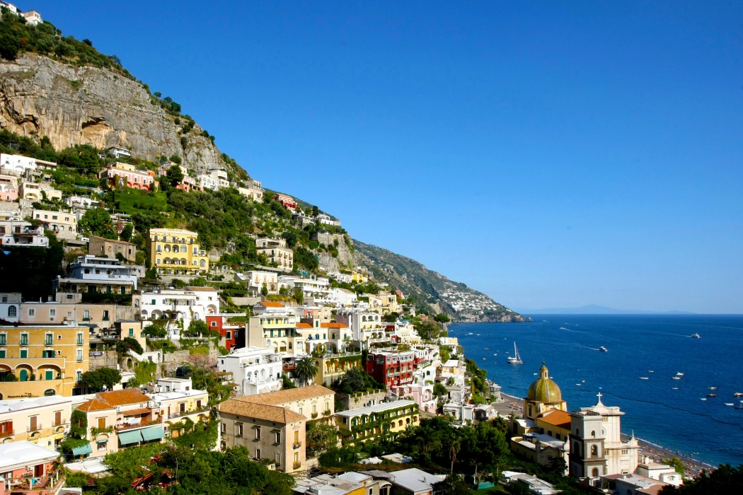 Bucketlist Travel Worlds Most Beautiful Places By Sommer Shiels Positano Amalfi Coast Italy