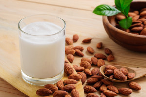 Almond Mylk and Skim Milk: extra sugar anyone?