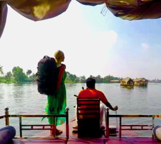 Backpack India Kerala Houseboats backwaters